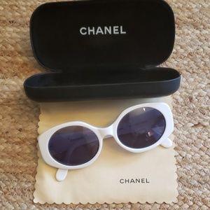 Vintage Chanel 08850 C0200 Sunglasses